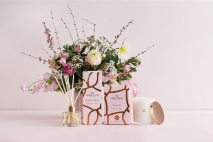 Flowers, candle, diffuser